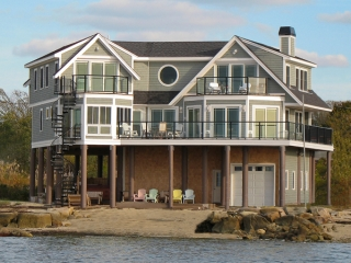 Fairhaven, Ma home on stilts