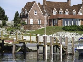 Newport Mansion dock with fiberglass pilings