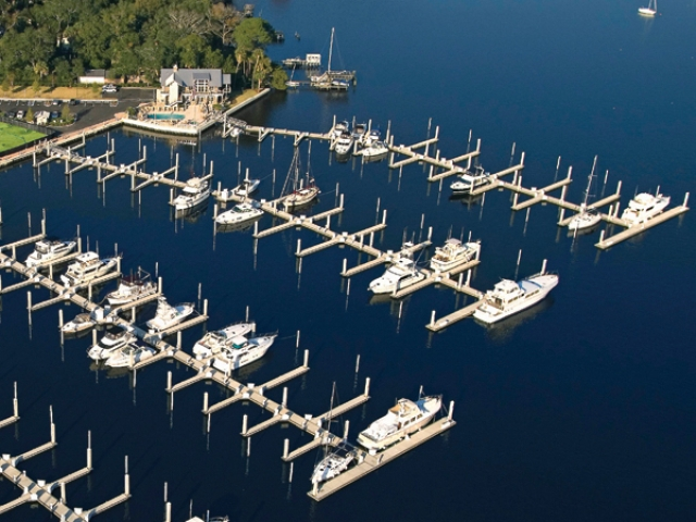 Ortega Yacht Club in FL commercial dock with Pearson Pilings