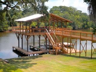 deck in TX with fiberglass pilings