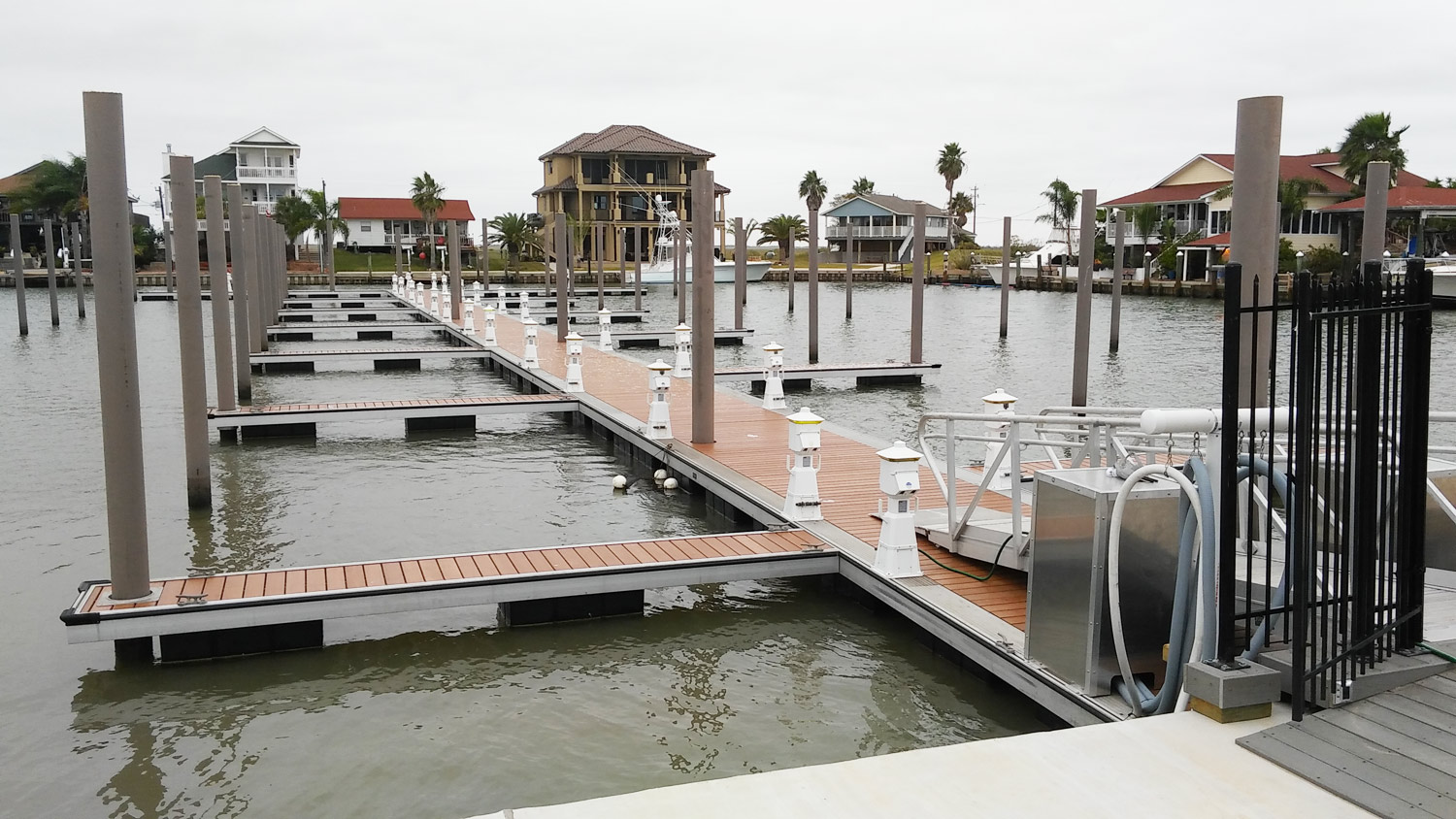 Pearson Pilings | Pilings for Commercial Marinas, Piers & Docks